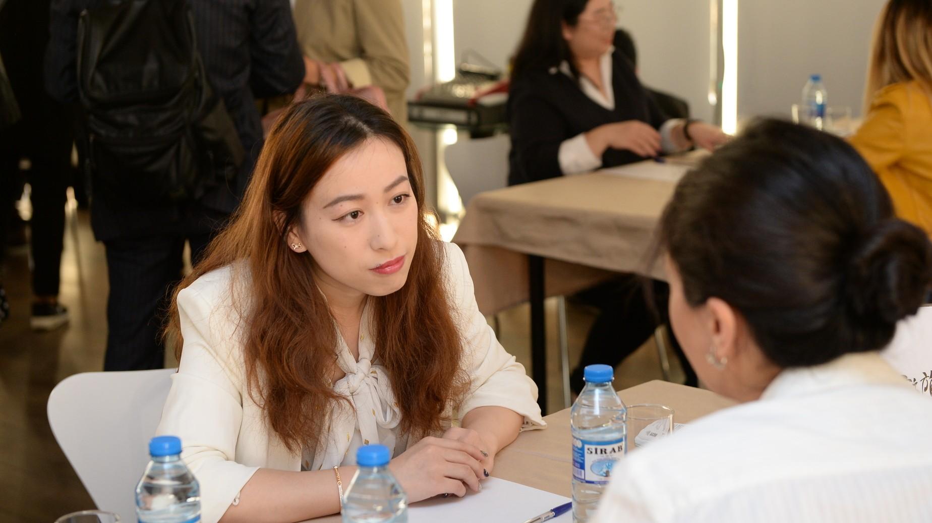 Çinin aparıcı turoperatorlarına Azərbaycanın turizm potensialı tanıdılıb
