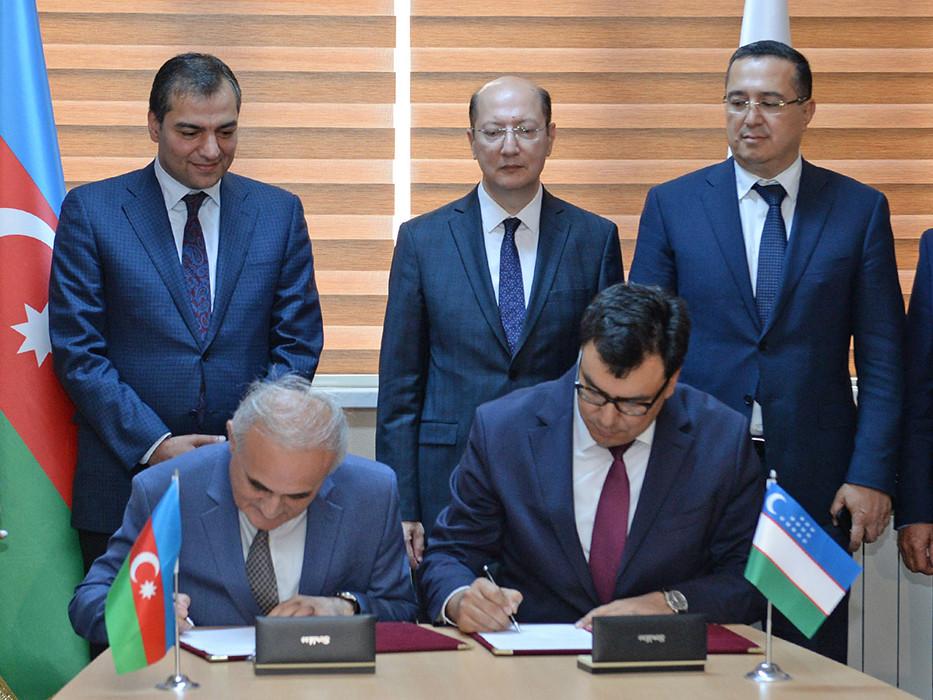 Azərbaycan və Özbəkistanın Turizm universitetləri arasında əməkdaşlıq memorandumu imzalanıb